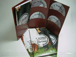 Multi disc package with workbooks