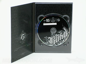 Digipak with full color printing across inside 4C/4C
